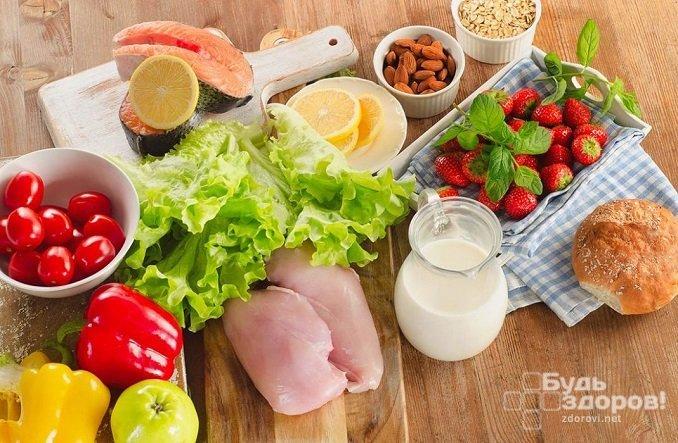 При гипергликемии нужно следить за соотношением белков, жиров и углеводов