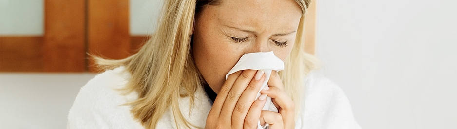 Постоянный насморк у взрослого: причины и лечение