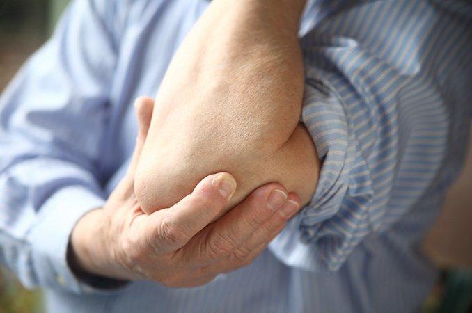 Жгучая боль в суставе пальца ноги